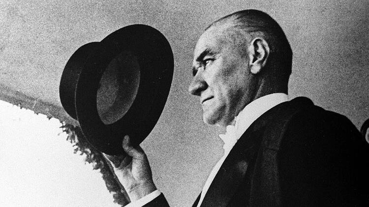 10 Kasım Atatürk'ü Anma Şiirleri